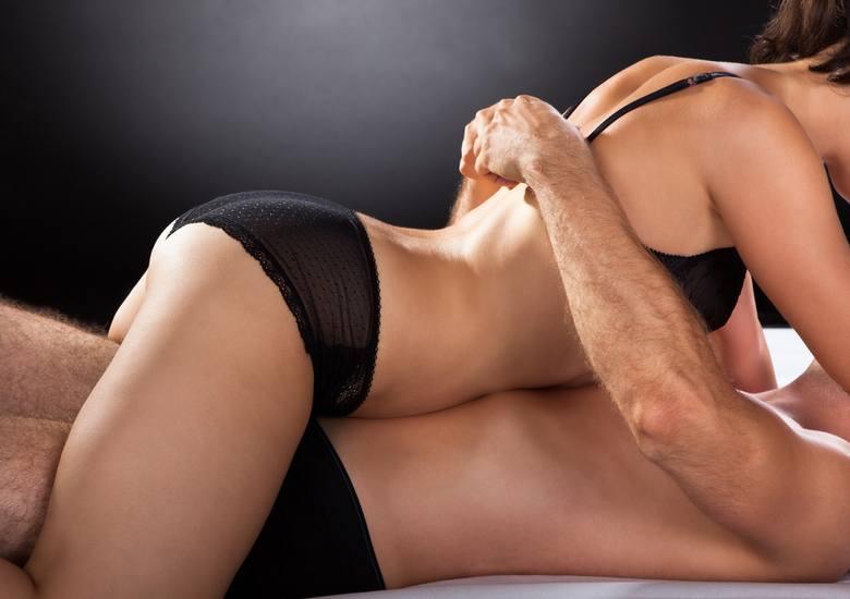 Seks jest źródłem bliskości w związku, obniża poziom stresu, podnosi nastrój, poprawia jakość snu... To tylko niektóre z dobrze znanych efektów, jakie