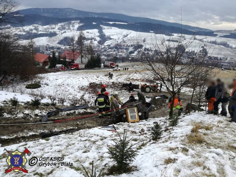 Tragedia w Grybowie. 35-latek zginął przygnieciony ciągnikiem