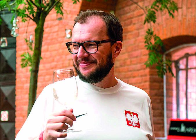 Nasza winna awangarda ma się coraz lepiej, czyli co piją Polacy?