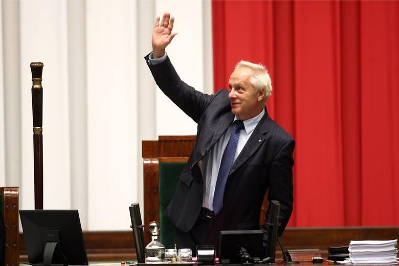 Seksafera ze Stefanem Niesiołowskim w roli głównej zaważyła na decyzji łódzkiego polityka.