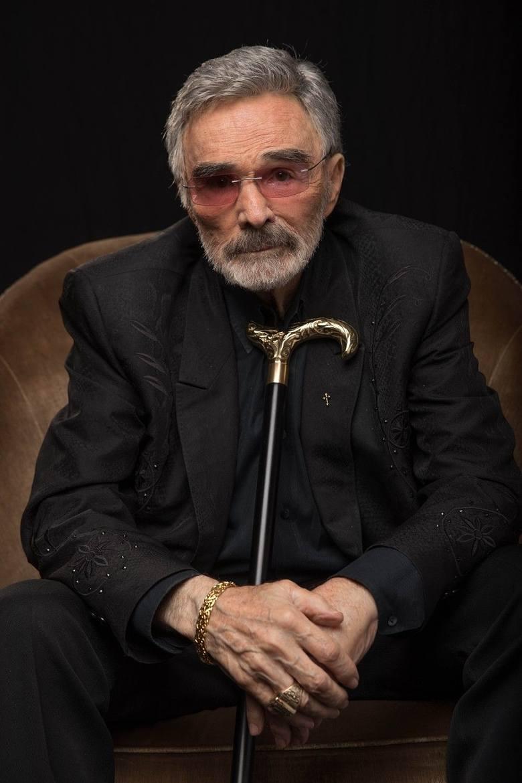 """Gwiazdor kina lat 70. i 80. zmarł 6 września 2018 r. w szpitalu na Florydzie. Największą popularność przyniosły mu role w takich produkcjach jak: """"Sto"""