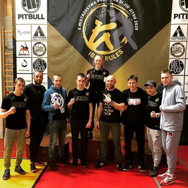 W Luboniu rozegrano 10. Mistrzostwa Polski NoGi Jiu Jitsu. Z reprezentantów Akademii Sztuk Walki Black Panther Bydgoszcz na podium (na najwyższym jego
