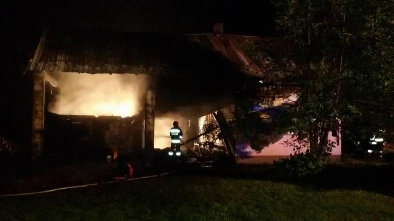Pożar poprzedniego domu rodziny, w 2017 r.