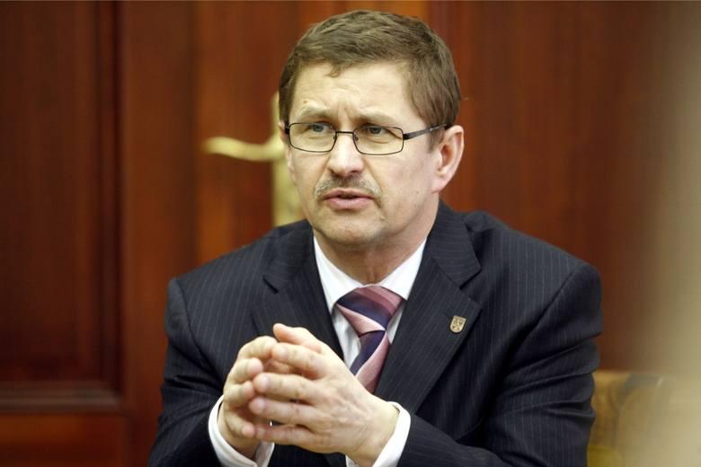 Jan Zubowski - prezydent Głogowa. Wyważony, spokojny a jednocześnie odważny w decyzjach.TUTAJ MOŻESZ ZAGŁOSOWAĆTUTAJ MOŻESZ ZOBACZYĆ WSZYSTKICH KANDYDATÓW
