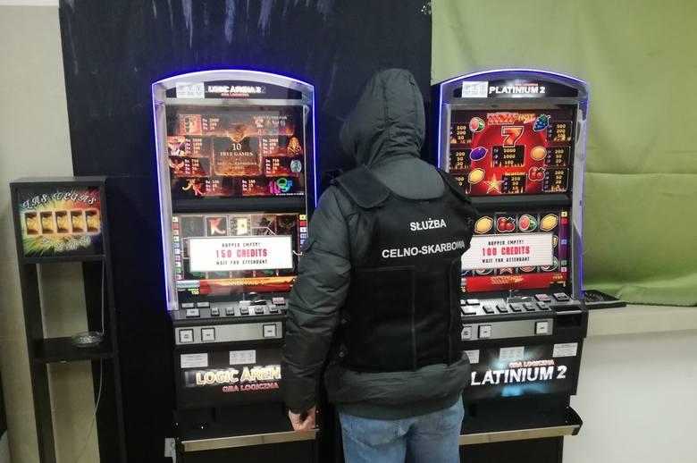 Cios w nielegalny hazard w Podlaskiem. Zabezpieczono nielegalne automaty do gier (zdjęcia)