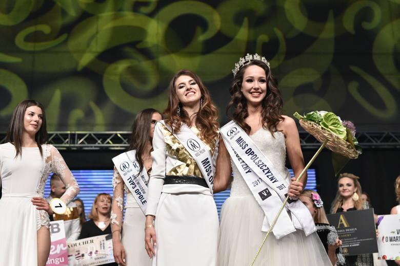 Kamila Świerc (z prawej) Miss Opolszczyzny 2017.