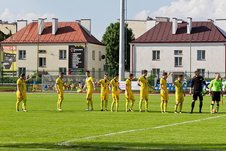 Na dziesięciu wygranych z rzędu zakończyła się imponująca seria Watkem Korony Bendiks Rzeszów. Podopieczni Grzegorza Opalińskiego przegrali w sobotę