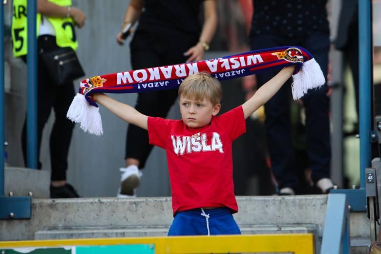 """Wisła Kraków. Kibice na pierwszym meczu """"Białej Gwiazdy"""" w nowym sezonie ekstraklasy 20.07 [ZDJĘCIA Z TRYBUN]"""