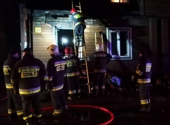 Aż 9 osób zginęło w pożarach, które w tym miesiącu wybuchły na terenie województwa łódzkiego. Ogień zabił 6 mieszkańców Łodzi, dwóch zgierzan i jednego