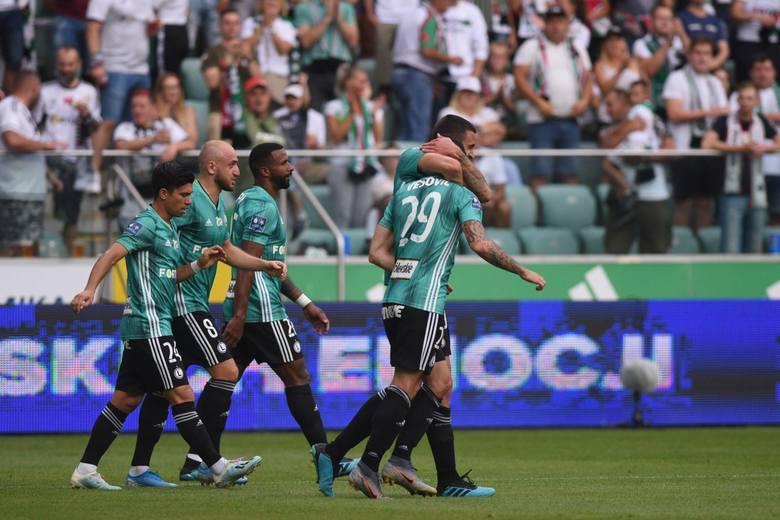 Aleksandar Vuković w dotychczasowych meczach zaskakiwał liczbą przeprowadzanych zmian z meczu na mecz. Krótko przed spotkaniem z Zagłębiem Lubin też