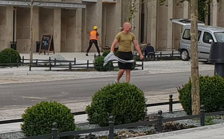 Pobudzony i wulgarny mężczyzna w centrum miasta! Uwaga, wulgaryzmy! FILM, ZDJĘCIA