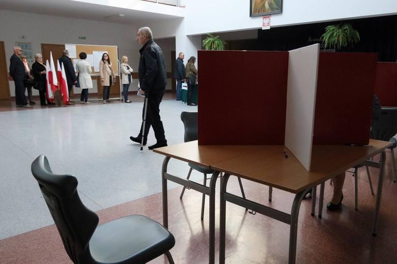 Sąd Najwyższy uznał za zasadny protest kandydata Koalicji Obywatelskiej, dotyczący sposobu liczenia głosów w jednej z komisji wyborczych.