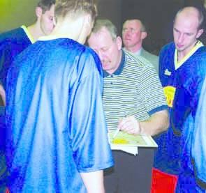 Trener Bogusław Wołoszyn marzy, aby mieć w składzie solidnego centra.