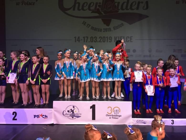Cheerleading coraz bardziej popularny. Zespół Flimero Mistrzem Polski. W zawodach wzięło udział ponad 2100 zawodników [ZDJĘCIA]