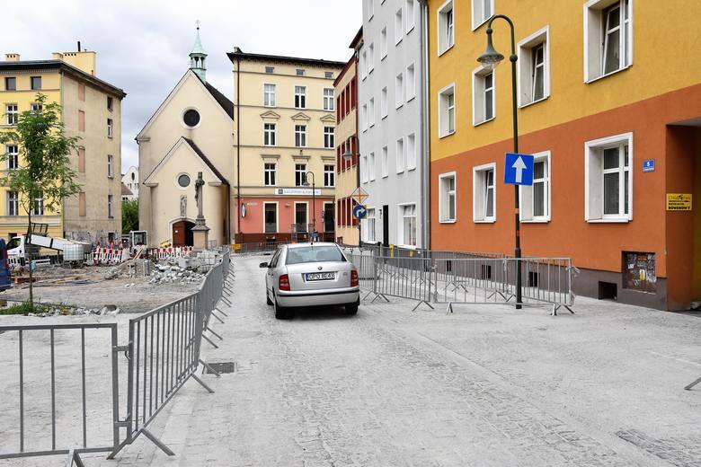 Zmiana organizacji ruchu w rejonie pl. św. Sebastiana w Opolu.