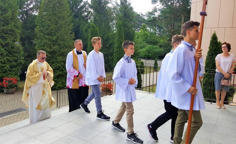 Gmina Lelis. Powitanie nowego proboszcza w parafii Obierwia. 4.08.2019 [ZDJĘCIA]