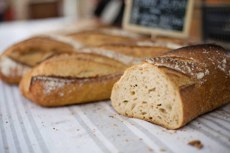 Sprawdź, o ile podrożał chleb w ciągu roku