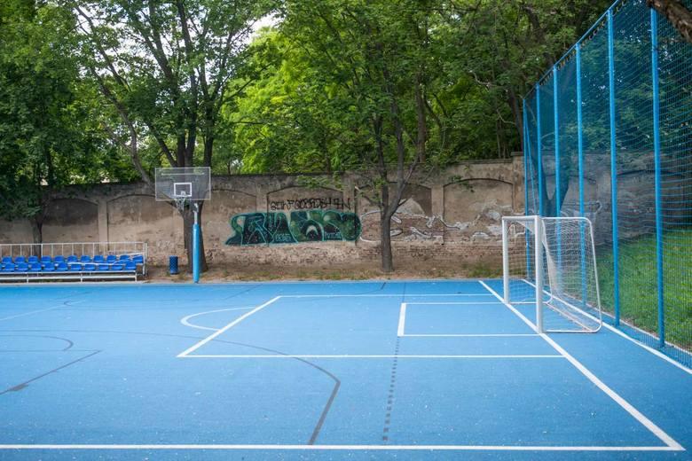 Kolejne etapy modernizacji Ogrodu Jordanowskiego nr 1 przy ul. Solnej udało się przeprowadzić m.in. dzięki grantom, które w konkursie pozyskała Rada Osiedla Stare Miasto