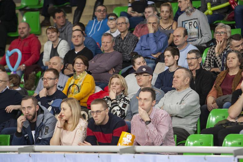 Miny kibiców mówią wszystko. Siatkarze Chemika Bydgoszcz przegrali kolejny mecz w Plus Lidze. Tym razem uległi w Łuczniczce Treflowi Gdańsk 0:3 (17:25,