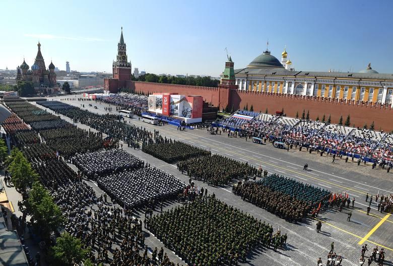 Rosja: Parada zwycięstwa odbyła się w Moskwie i innych miastach kraju (VIDEO)