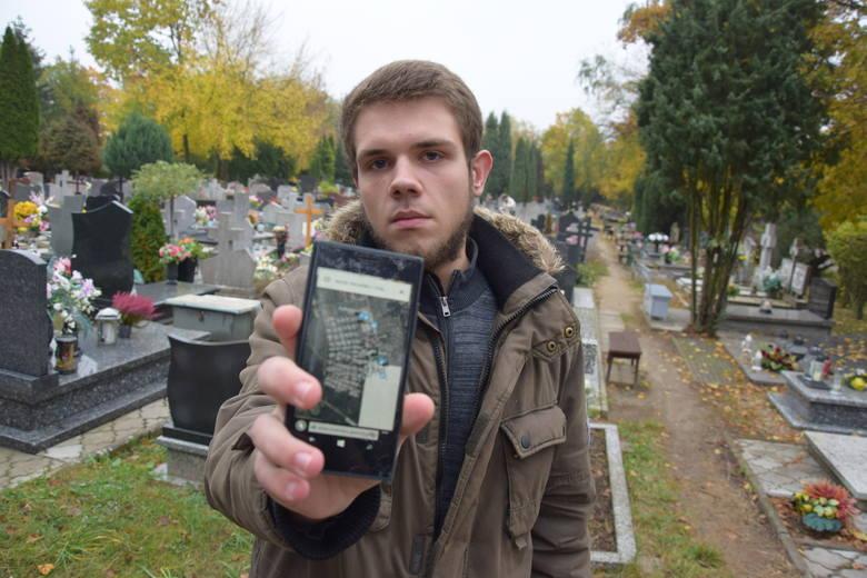 - Dzięki tej wyszukiwarce będzie łatwiej znaleźć groby - mówi Michał Śladkowski, którego spotkaliśmy w piątek na cmentarzu przy ul. Żwirowej. Cała mapa