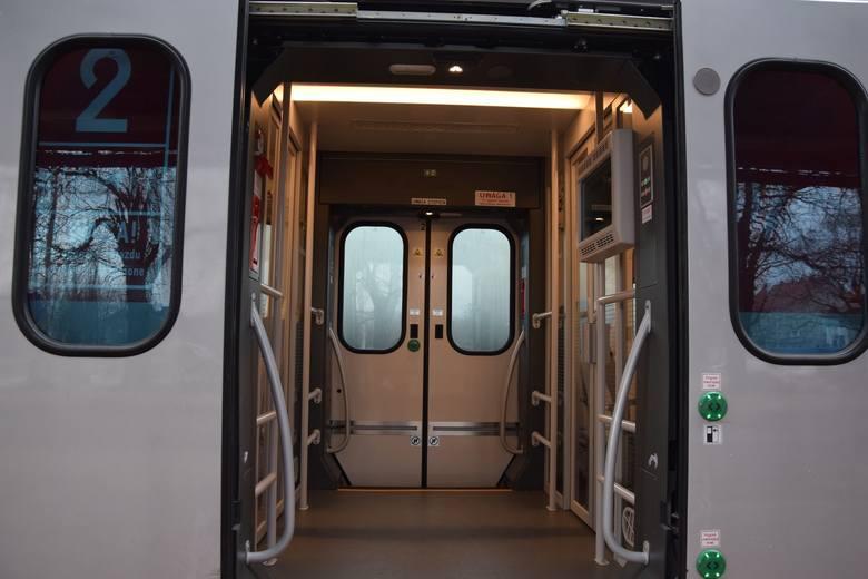 Inwestycje kolejowe w powiecie nowosolskim. Blade światełko w tunelu dla Nowej Soli, za to mocne filary wiaduktu. Tyle, że w Otyniu