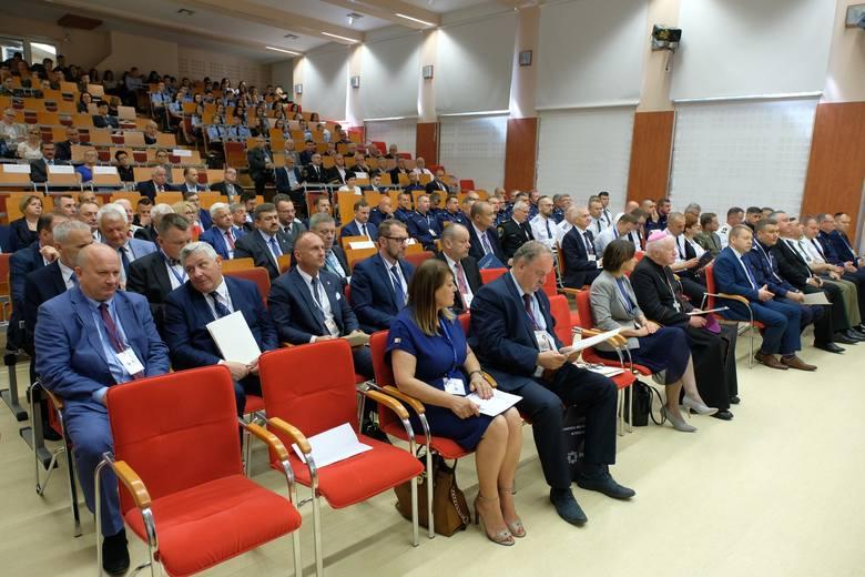 """W środę w Państwowej Wyższej Szkole Wschodnioeuropejskiej w Przemyślu odbyła się międzynarodowa konferencja naukowa """"1919 - 2019 – bezpieczeństwo na"""
