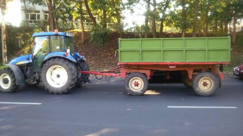 Protest w ramach solidarności z rolnikami zatrzymanymi przez CBŚ. Traktory wróciły na ulice w Szczecinie