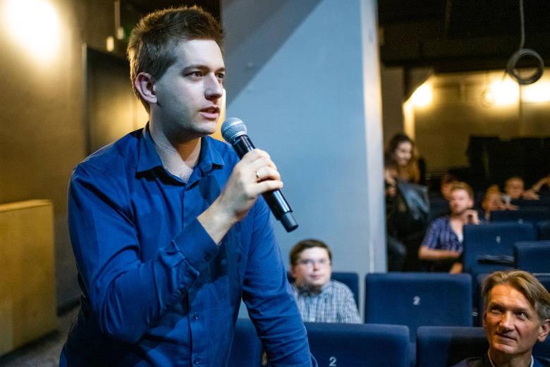 Andrzej Danek tłumaczył jak dzisiaj  śpiewa się na Brodway'u i jakie zmiany warto wprowadzać na polskich scenach