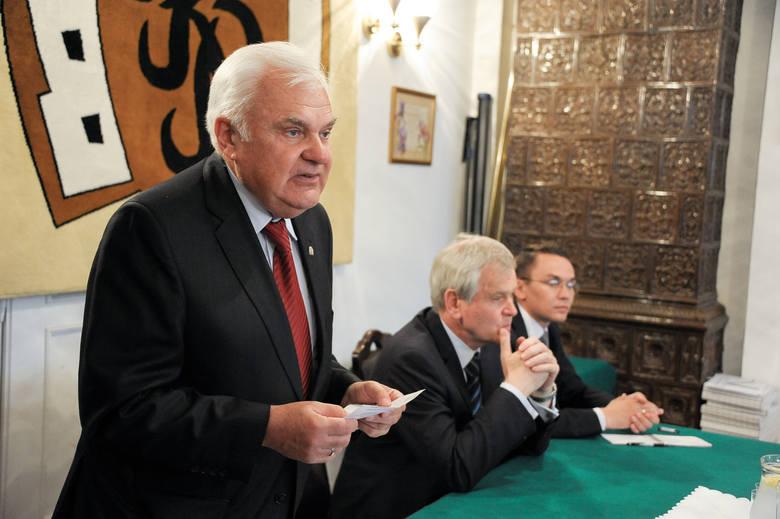Nas nie interesuje polityka – zapewniał Lech Pilecki, prezes Podlaskiego Klubu Biznesu.