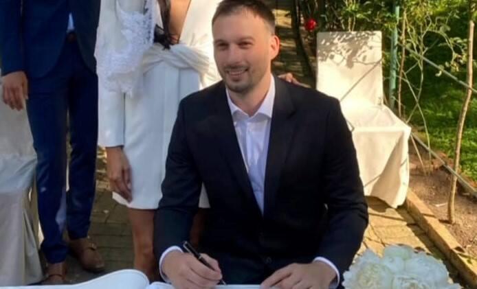 Igor Karacić, chorwacki piłkarz ręczny Łomża Vive Kielce, zmienił stan cywilny. Ślub odbył się na Chorwacji, a wybranką środkowego rozgrywającego mistrzów