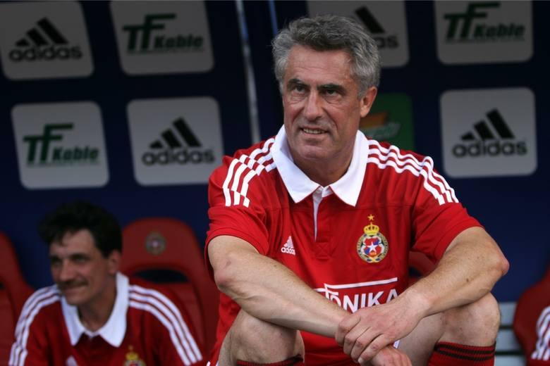 Jest trenerem koordynatorem w Szkole Sportowej Piłki Nożnej w Krakowie