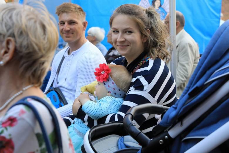 W Toruniu podobnie jak w całej Polsce przy okazji Dnia Matki organizowanych jest kilka specjalnych wydarzeń.