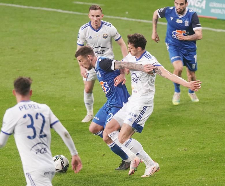 Pedro Tiba w meczu Lech - Stal