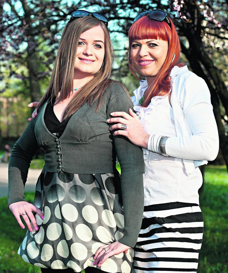 Katarzyna i Liwia Krawczyk (Łódź). Mama pracuje w firmie farmaceutycznej, córka uczy się w LO Sióstr Niepokalanek  w Szymanowie.