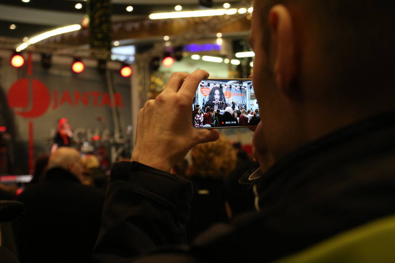 Koncert Michała Szpaka na zakończenie 26. Finału WOŚP w Słupsku [zdjęcia, wideo]