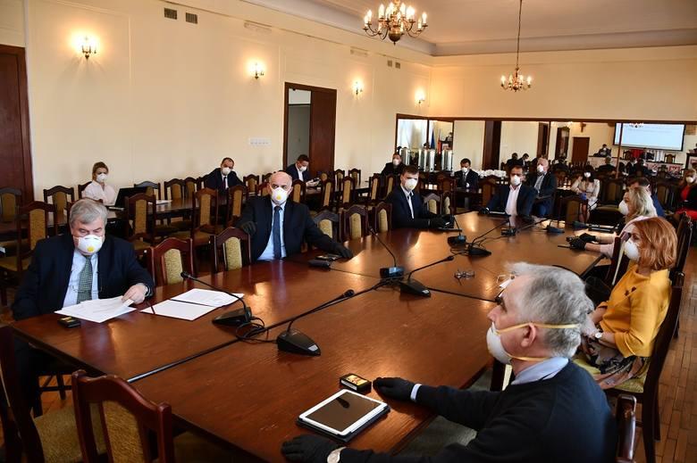 Nadzwyczajna sesja Rady Powiatu w Miechowie