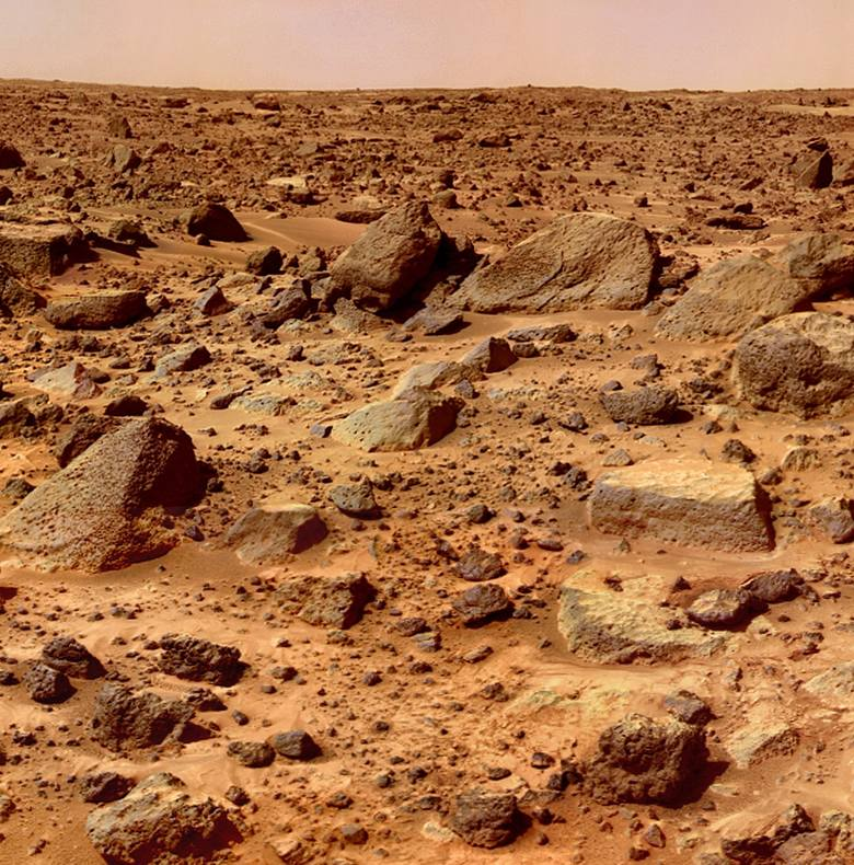 Ludzie, którzy zdecydowaliby się na życie na Marsie musieliby przebywać w specjalnie dostosowanych do tego pomieszczeniach. Na zewnątrz można by było