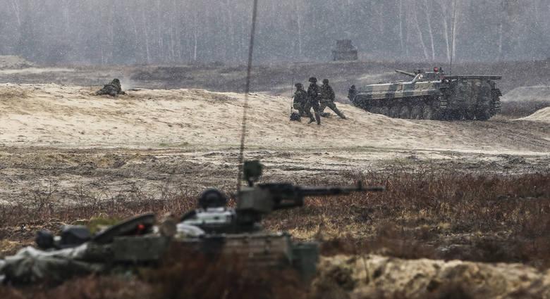 Manewry 21. Brygady Strzelców Podhalańskich - Lampart 19 w Nowej Dębie.