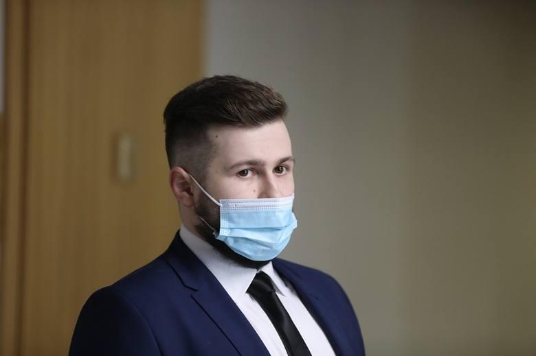 Kraków. Sprawa wypadku z udziałem byłej premier Beaty Szydło. W krakowskim sądzie ruszył proces odwoławczy