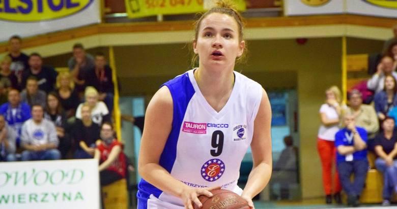 21-letnia rozgrywająca Monika Naczk przechodzi z KSSSE AZS PWSZ Gorzów do MKK Siedlce, który prowadzi trener kadry.