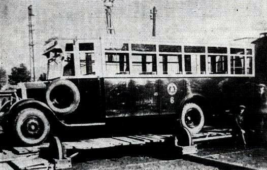 1926-1928 autobusy o drewnianych szkieletach na podwoziach firmy Lancia