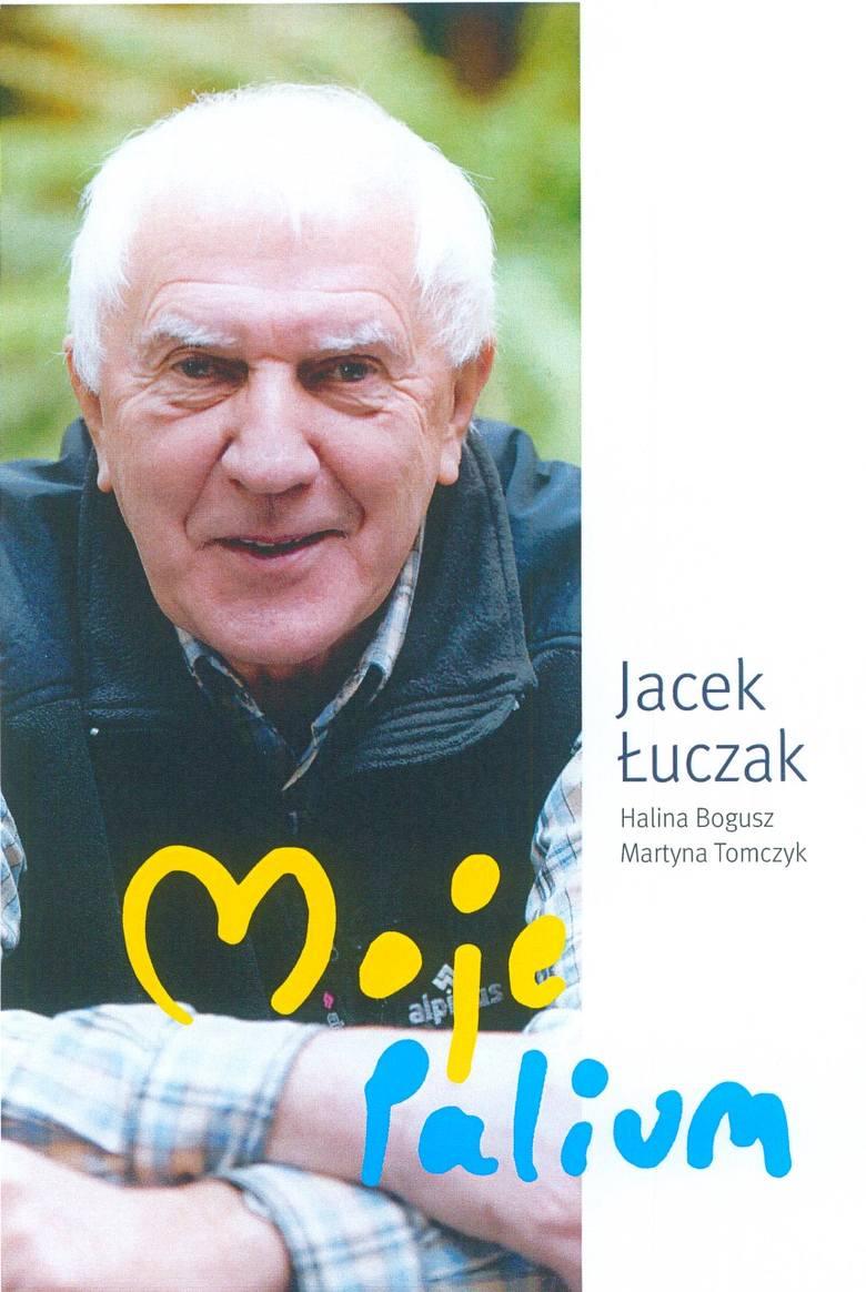 """""""Moje Palium"""" to książka, w której prof. Jacek Łuczak opowiada o swoim życiu i działalności"""