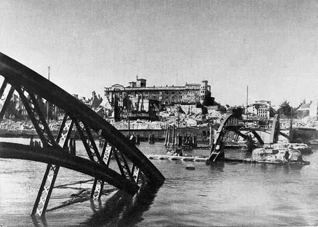 5 lipca 1945 roku. Zobacz, jak Szczecin stał się polski [ZDJĘCIA]