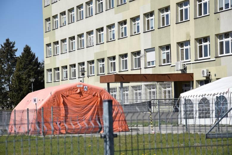 Szpital powiatowy w Oleśnie.