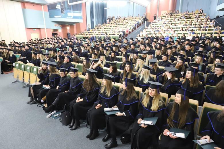 Po 70 latach działalności uczelnia może poszczycić się prawie 45 tysiącami wykształconych inżynierów i magistrów