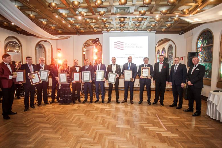 """W konkursie """"Pracodawca Pomorza i Kujaw 2016"""" startowały 140 firmy. Najlepsze otrzymały dyplomy i statuetki 18 lutego wieczorem, podczas"""