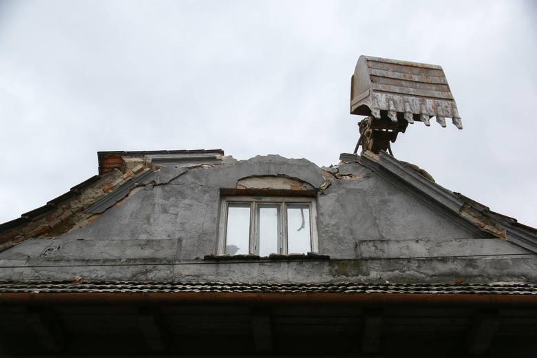 Rozbiórka domów w związku z przebudową alei 29 Listopada