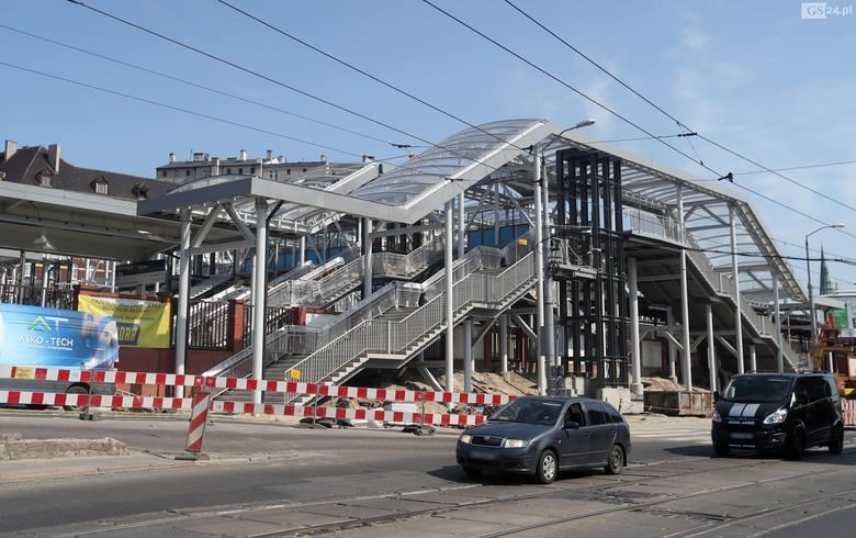 Przebudowa dworca PKP Szczecin Główny. Widać już nowy łącznik [ZDJĘCIA]