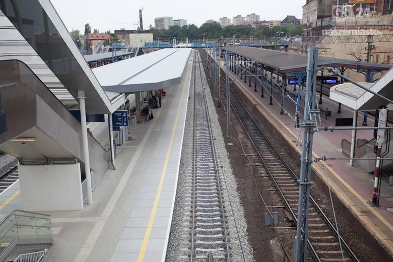 Zobacz, jak się zmienia stacja Szczecin Główny. Trwa przebudowa dworca [ZDJĘCIA, WIDEO]